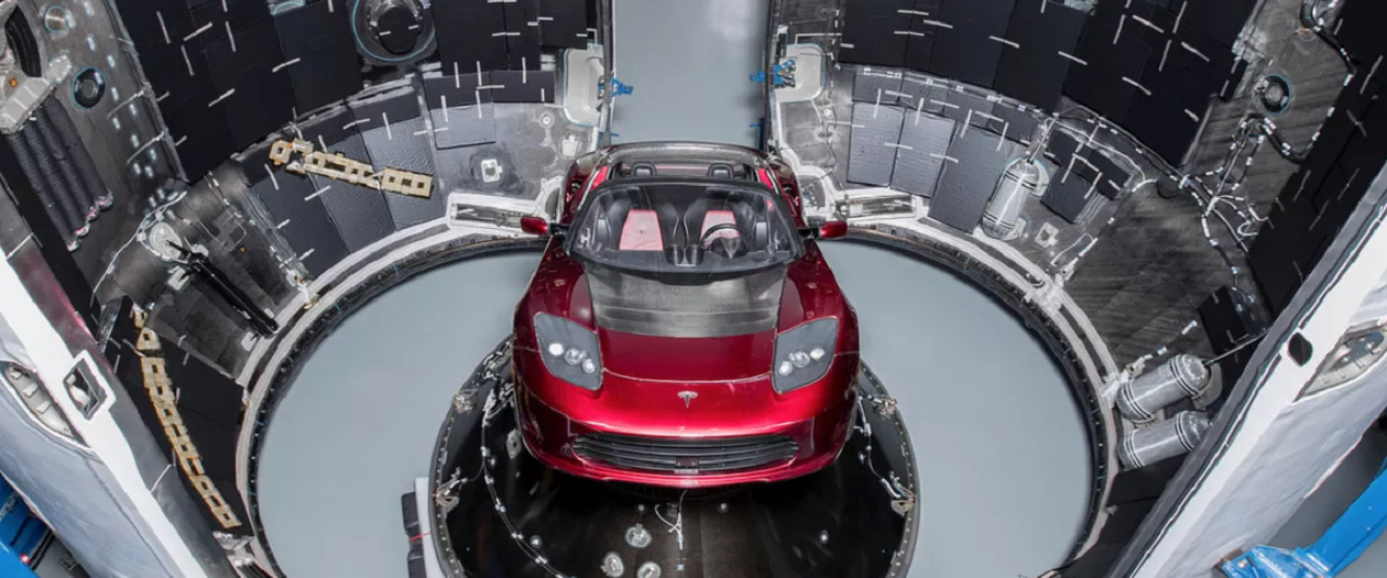 Elon Musk to Shoot his Car Into Space