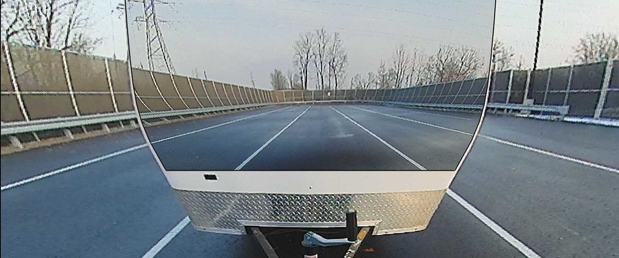 French Company is Developing Transparent Trailer Systems