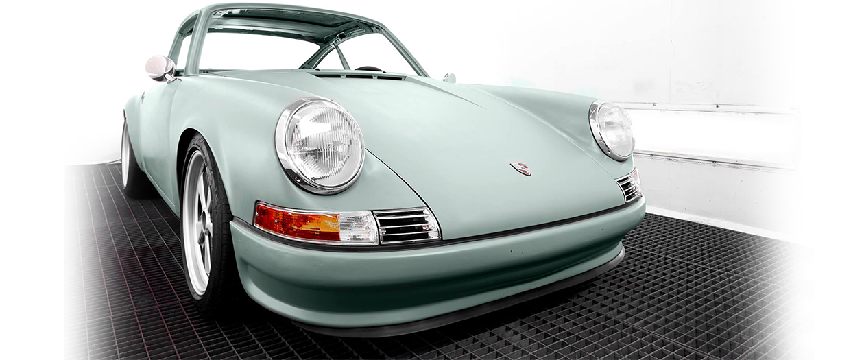Dutch Firm Creates an Electric Porsche 911