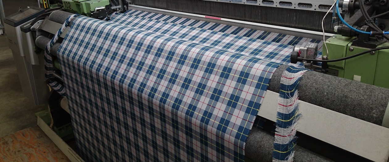 Mercedes-Benz Brings Back 300SL's Plaid Upholstery