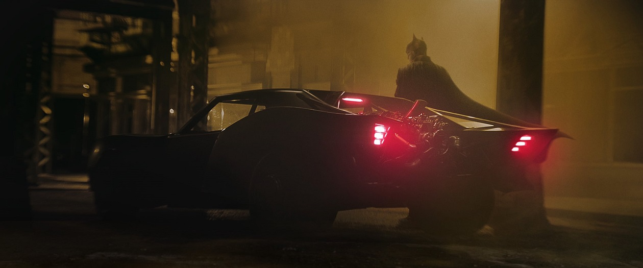 First Look at Matt Reeves' Batmobile for The Batman (2021)