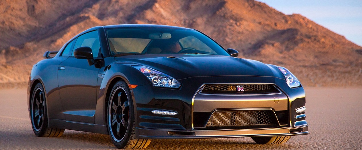 2017 Nissan Gt R Track Edition Is The Best Of Both Worlds