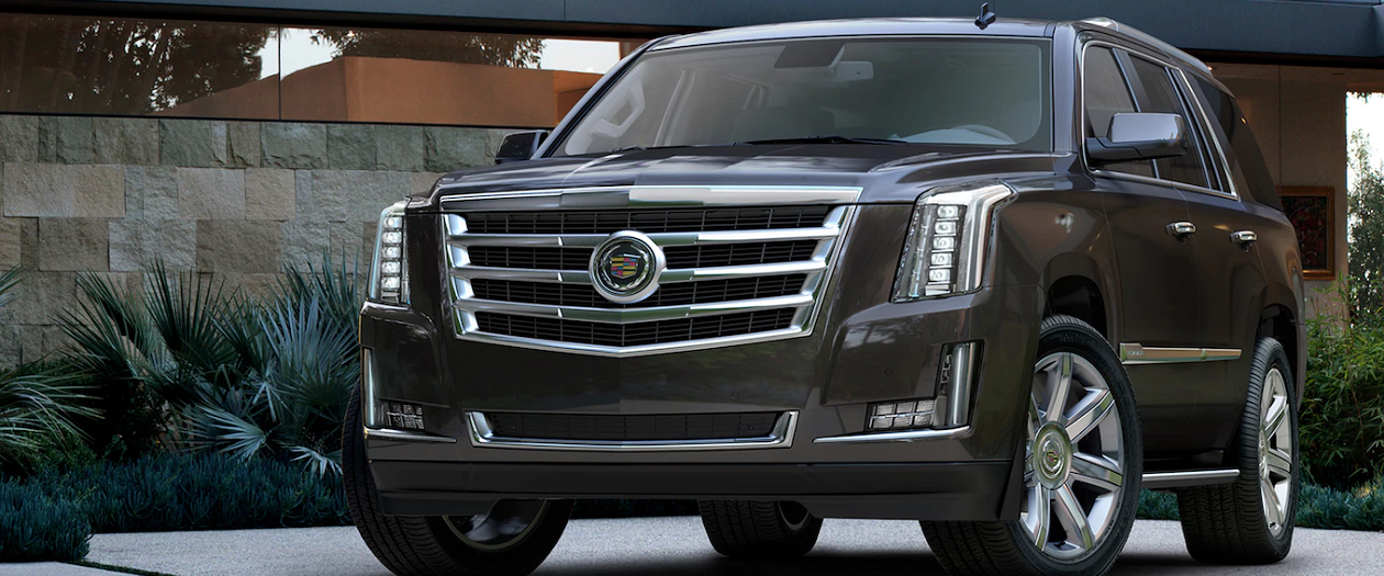 Cadillac Offers $10K Incentives to Combat Navigator's Success