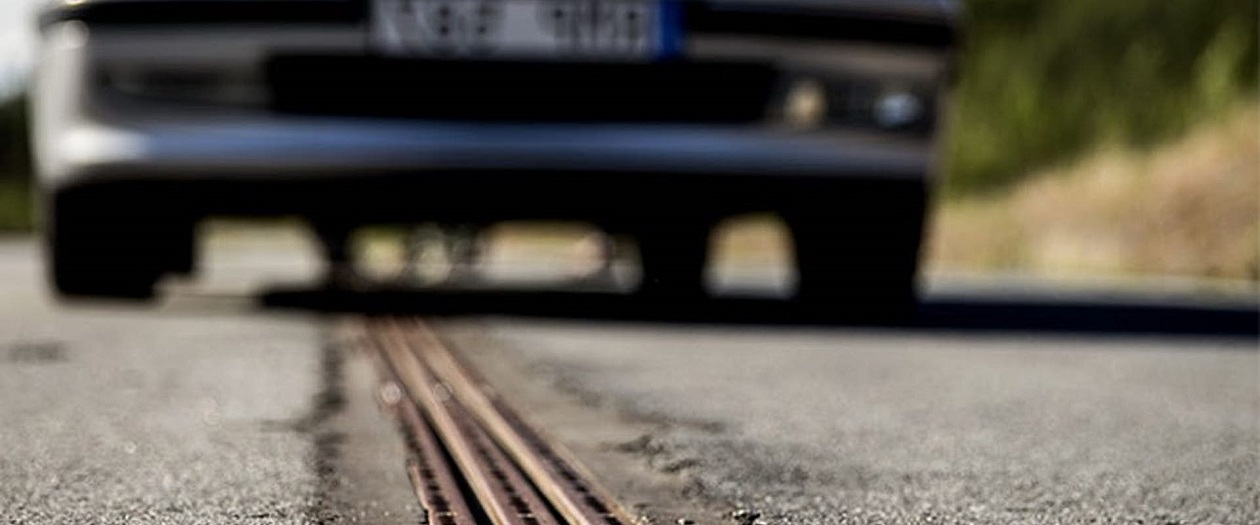 Sweden Develops Electric Rail Charging System