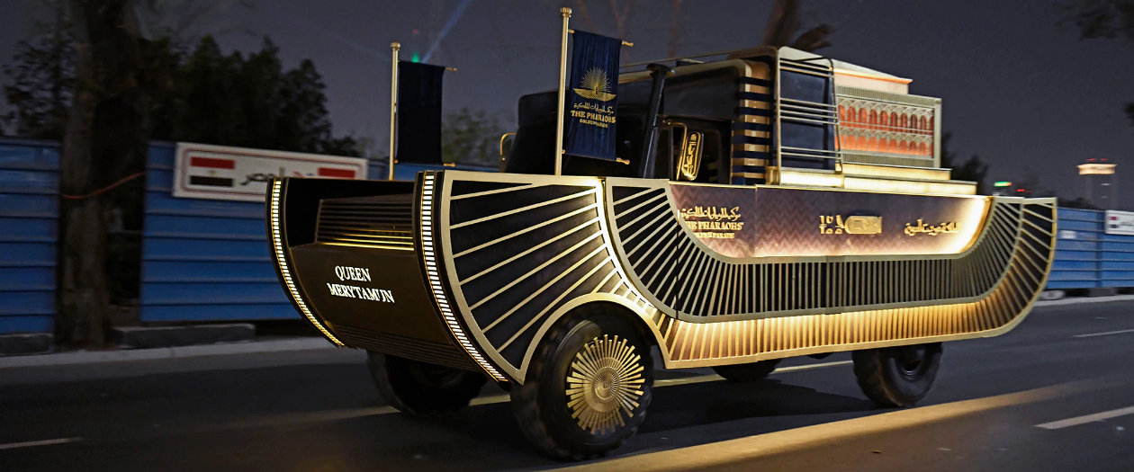 These Customized Cargo Trucks Carried Ancient Egyptian Pharaohs