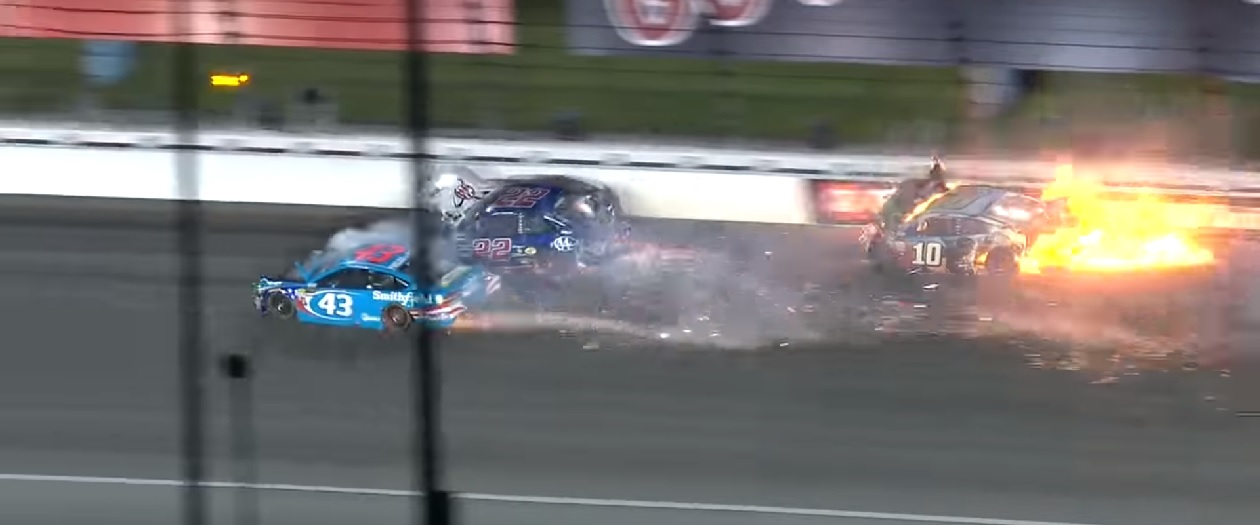Crashes and Fires at Saturday's Go Bowling 400 at Kansas Speedway