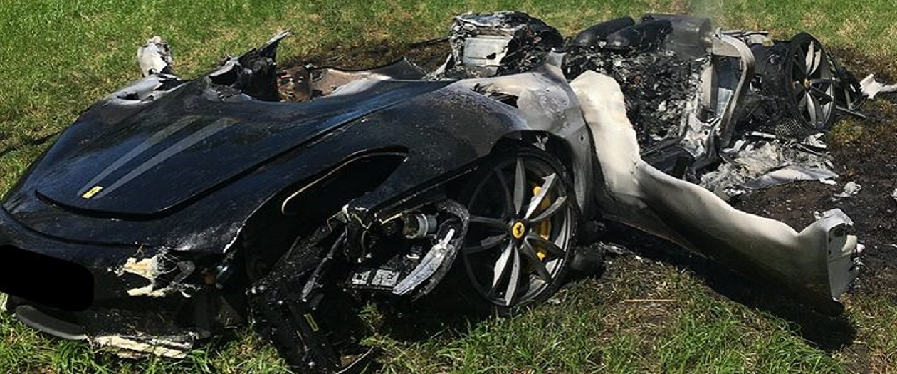 Driver Destroys Ferrari F430 Scuderia One Hour After Purchasing the Vehicle