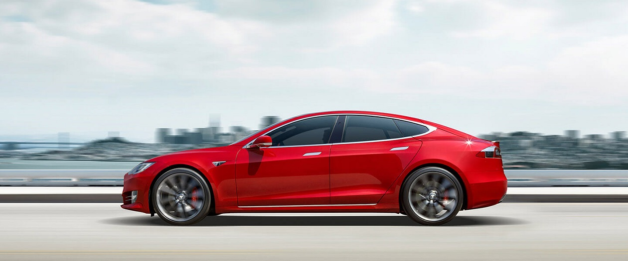Tesla Model S Hits 300,000 Miles With Tesloop