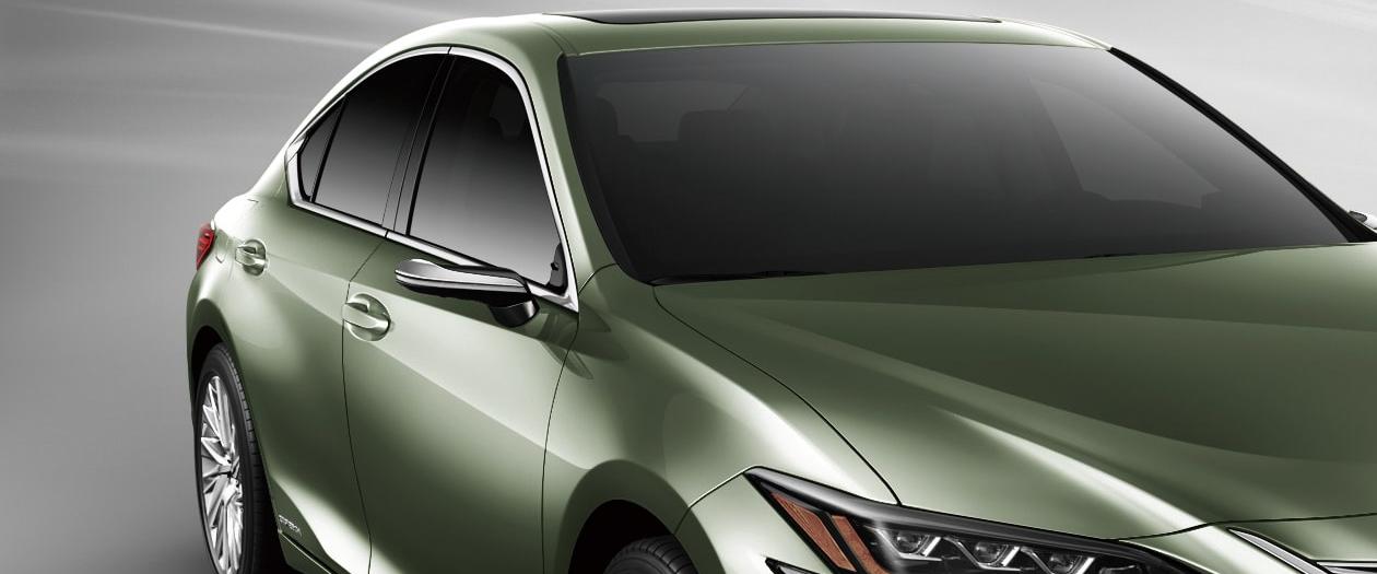 Lexus Unveils Their Mirrorless Vehicle: The 2019 Lexus ES