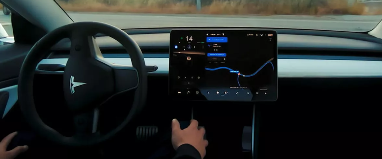 Tesla Might Be Limiting what Self-Driving Testers Post on Social Media