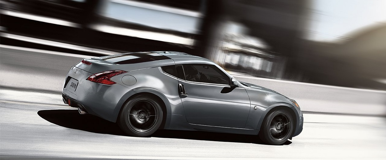 Man Sells Left Testicle to Purchase New Nissan 370Z